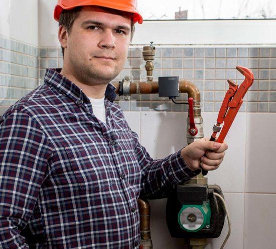 monter-instalacji-wod-kan-praca-550x498 home praca w niemczech
