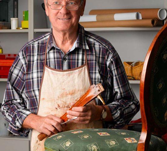 tapicer-meblowy-praca-550x498 home praca w niemczech