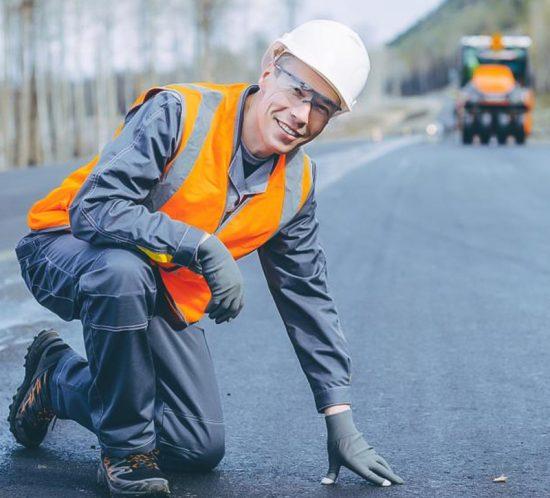 foto-pracownik-drogowy-oferta-550x498 home praca w niemczech
